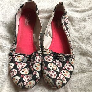 Circo slip on Day of the Dead print canvas shoes 6